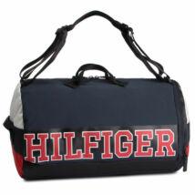 e7d02226eb Tommy Hilfiger táskák és pénztárcák széles választéka.