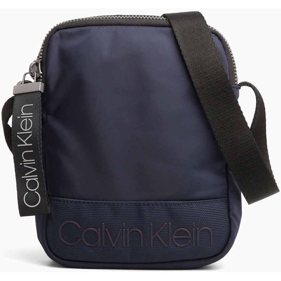 Calvin Klein Shadow férfi mini válltáska - Reálszisztéma Menedzser ... da40a24be7