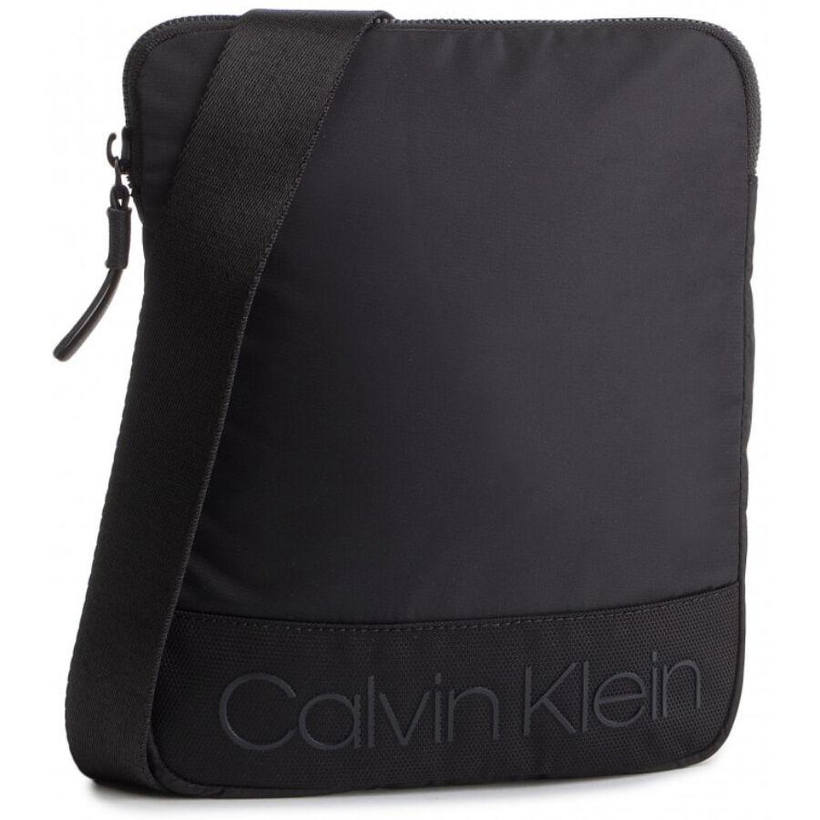 4194f58e2e Calvin Klein Shadow férfi válltáska - Reálszisztéma Menedzser Shopok ...
